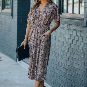 V neck pocketed elastic waist midi dress